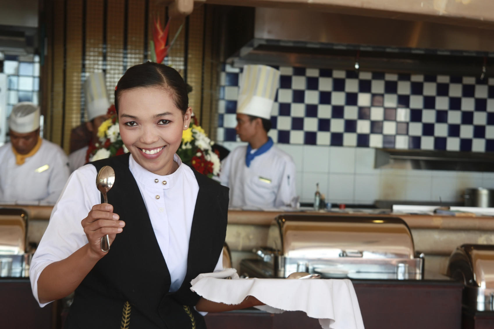 How to hire staff for your restaurant