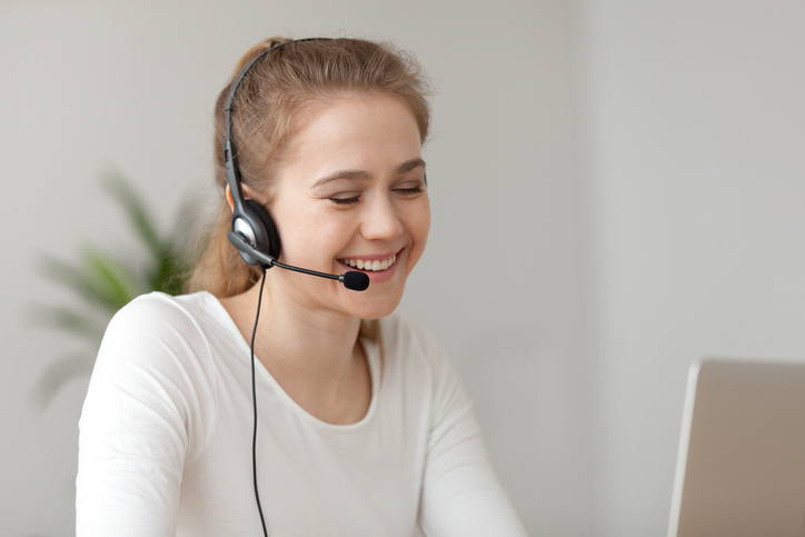 What Is a Work From Home Customer Service Representative and How to Become One Image