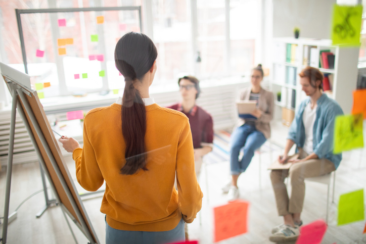 What Is an Instructional Coach and How to Become One Image