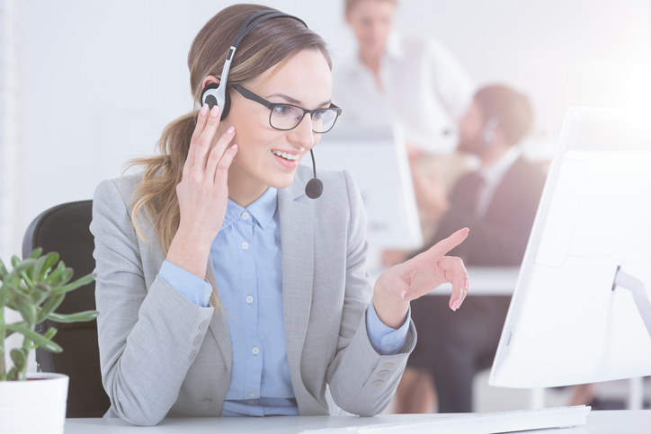What Is an Inside Sales Representative and How to Become One Image