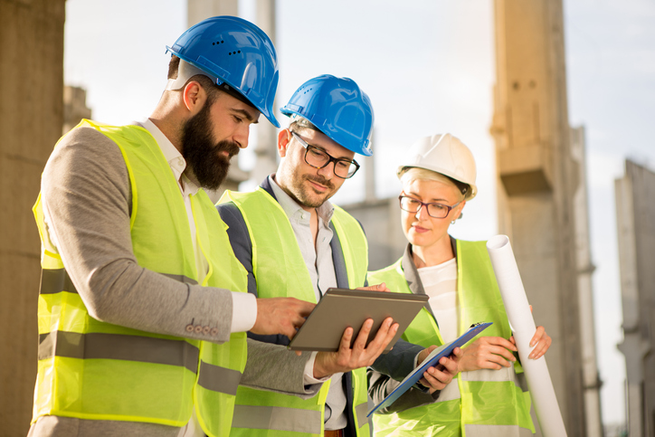 What Is a Construction Estimator and How to Become One Image