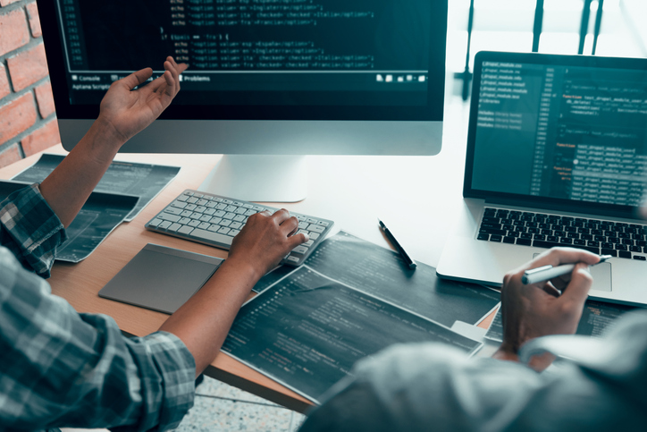 Senior Software Engineer: What Is It? and How to Become One?